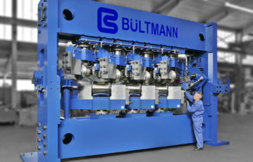 New multi roll straightening machine at BÜLTMANN